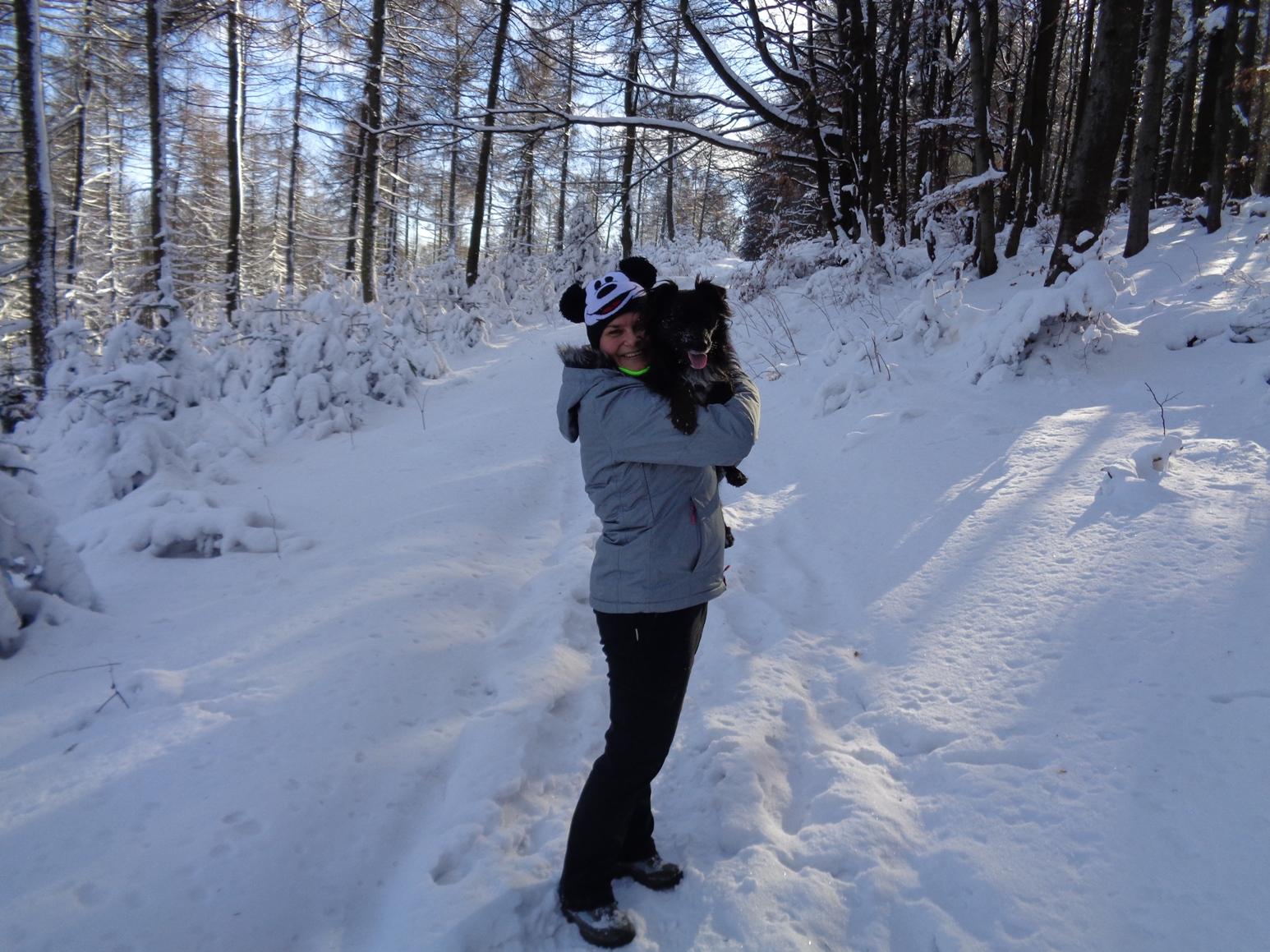 Lubomir z psem – krótka wycieczka w sam raz na zimę.