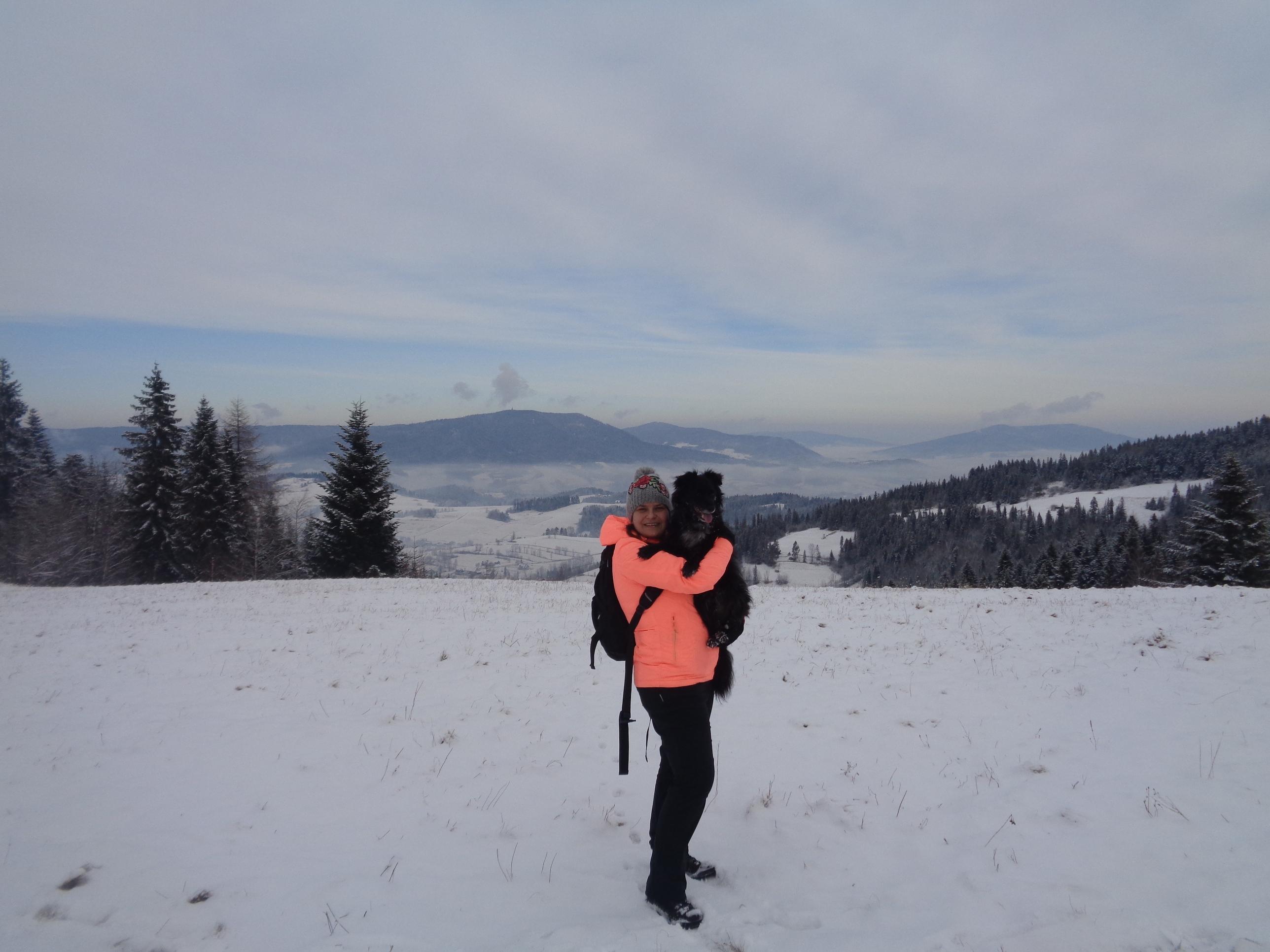 Spacer po Gorcach – Maciejowa i Stare Wierchy z psem.